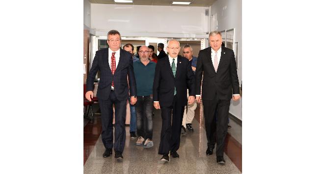 Kılıçdaroğlu, tedavisi sürekli CHP Mİlletvekili Bircan'ı ziyaret etti